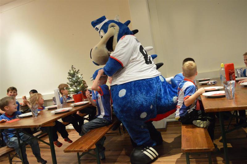 Weihnachtsfeier Ahrensburg.Tsv Seedorf Sterley Fußball Weihnachtsfeier 14 12 17